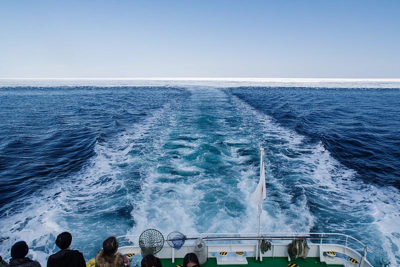 遠ざかる流氷